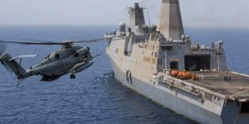 Djibouti - A CH-53E Super Stallion approaches a US Navy ship in the Gulf of Aden (Photo - Marine Corps)